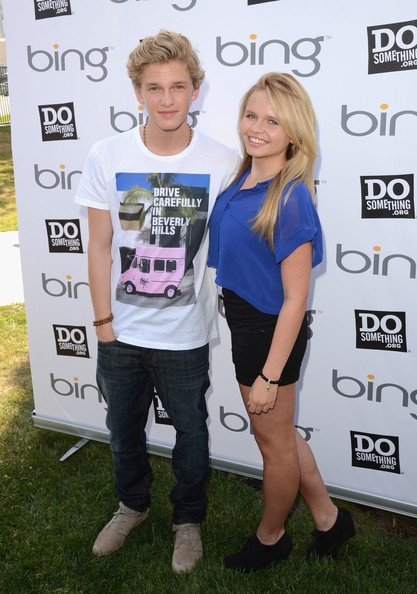 Want to meet cody and alli simpson at shoe carnival heres your alexisjoyvipaccess m4hsunfo