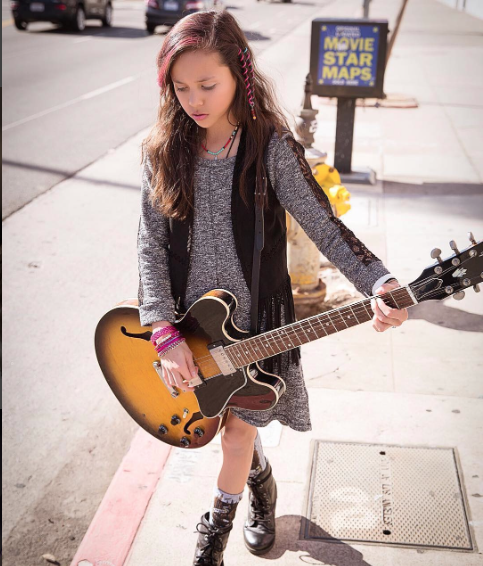 Pay For Rock After School: Article: Breanna Yde Looks Gorgeous On The Cover Of BCK