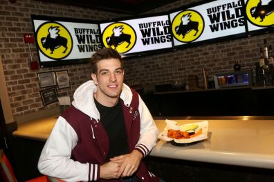 Photo Credits: Bruce Glikas / Buffalo Wild Wings
